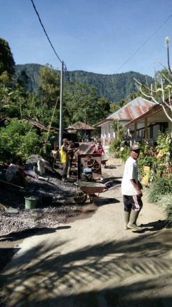 Betonisasi Jalan dari Banjar Desa menuju Banjar Dajan Pangkung – Desa Galungan