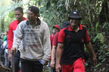 Pemerintah Kecamatan Sawan Melaksanakan Kegiatan Jalan Santai Bersama Pemerintah Desa Galungan