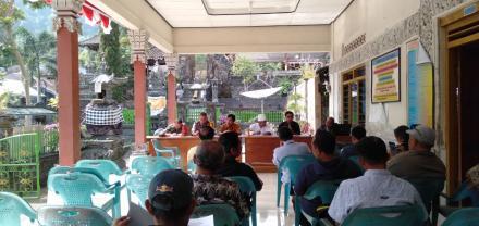 Rapat Penetapan dan Pengundian Nomor Urut Calon Perbekel Desa Galungan