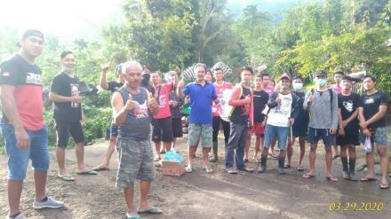 Penyemprotan Disinfektan di Wilayah Banjar Dinas Dajan Pangkung Desa Galungan